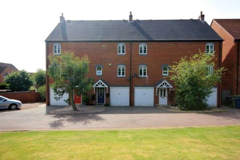 3 Bedrooms Terraced House for sale in Navigation Loop, Stone