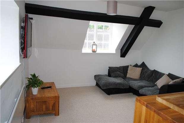 1 Bedroom Flat for sale in Hill Farm, Solsbury Lane, BATHEASTON, BA1