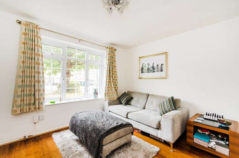 1 Bedroom Flat for sale in Cromwell Close, Acton, W3