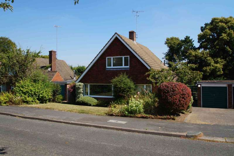 3 Bedrooms Detached Bungalow for sale in Boxmoor, Hemel Hempstead