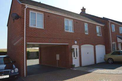 2 Bedrooms Flat for sale in Sanders Way, Lichfield