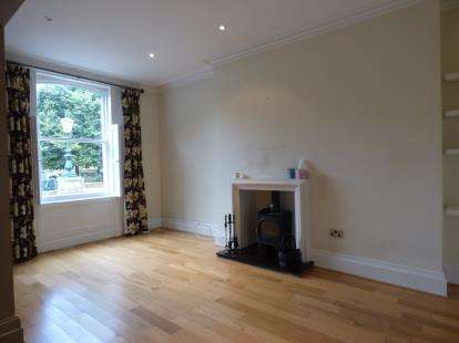 2 Bedrooms Maisonette Flat for sale in Avenham Colonnade, Preston, Lancashire