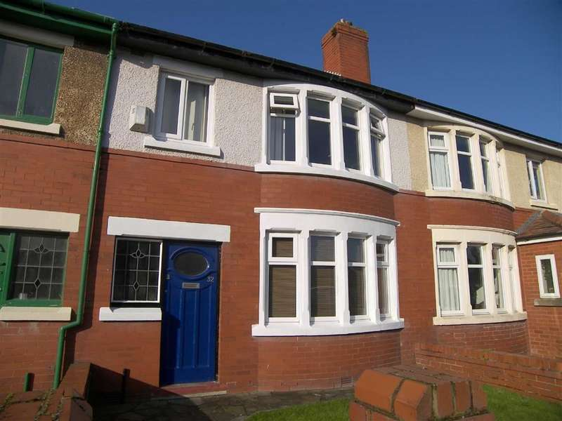 3 Bedrooms Property for sale in Kendal Road, Lytham St Annes, Lancashire