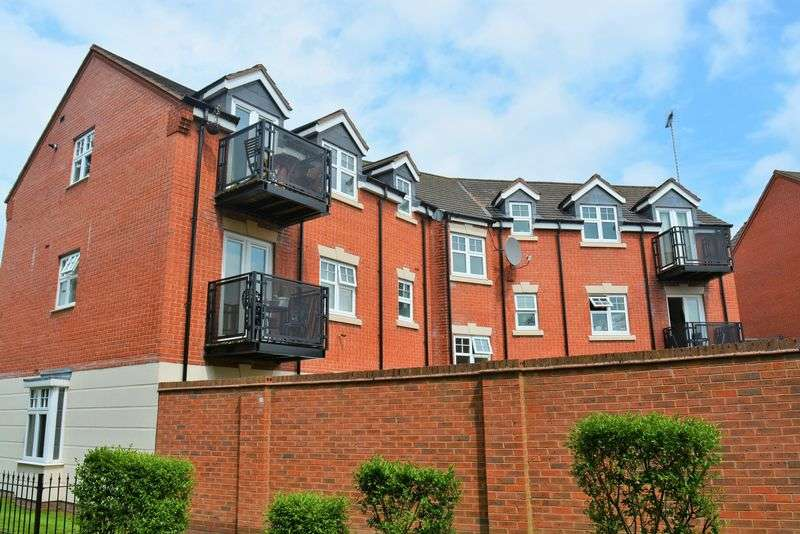 2 Bedrooms Flat for sale in Earlswood Road, Monyhull Grange, Kings Norton - TOP FLOOR TWO BEDROOM APARTMENT WITH NO CHAIN!!