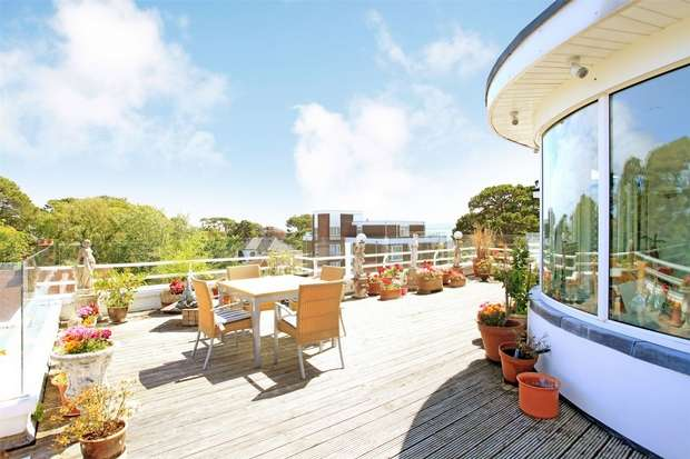 3 Bedrooms Flat for sale in Harbour Court, 2 Chaddesley Glen, Canford Cliffs, Poole