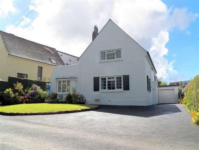 3 Bedrooms Property for sale in Uzmaston Road, Haverfordwest