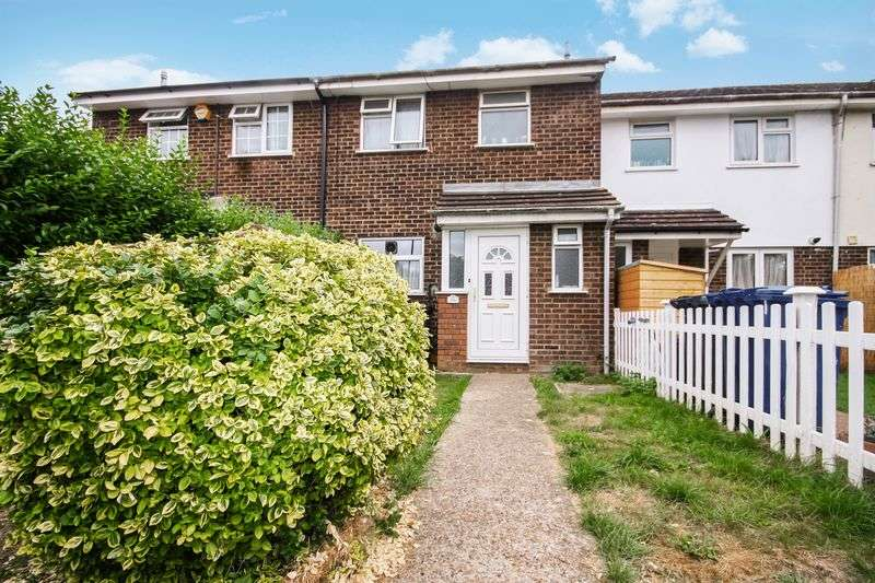 3 Bedrooms Terraced House for sale in Hazelmere Drive, Northolt