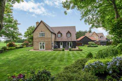 4 Bedrooms Detached House for sale in Gamlingay, Sandy, Cambridgeshire