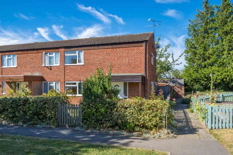 3 Bedrooms Semi Detached House for sale in The Beeches, Wendover