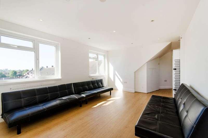 2 Bedrooms Flat for sale in Preston Road, Harrow, HA3