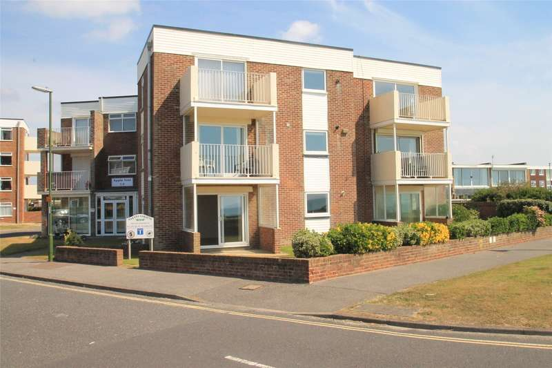 2 Bedrooms Apartment Flat for sale in Apple Tree Court, Marama Gardens, Rustington, BN16