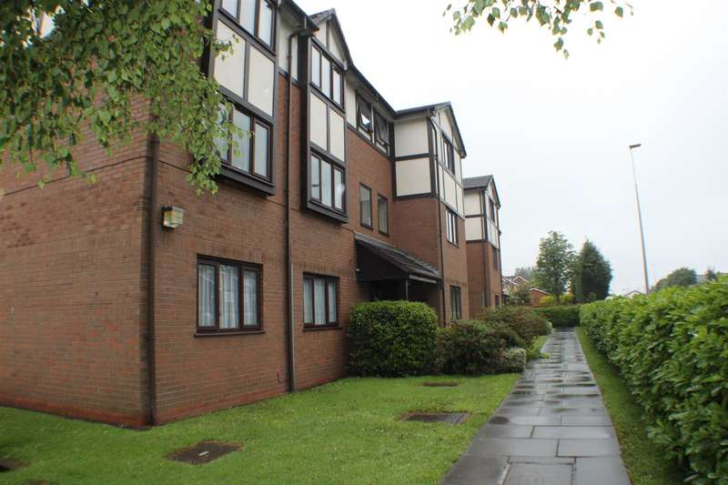 2 Bedrooms Flat for sale in Kirkstile Place, Clifton