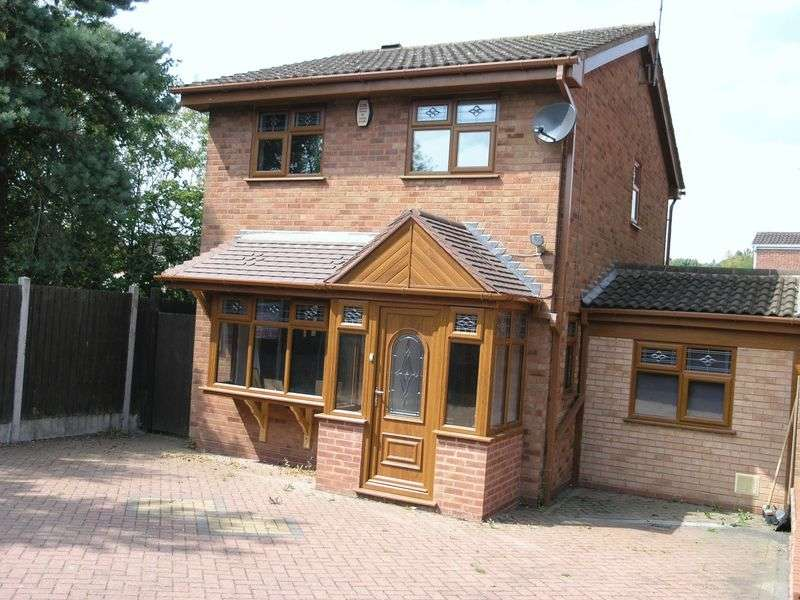 3 Bedrooms Detached House for sale in Balmoral View, Milking Bank, Dudley