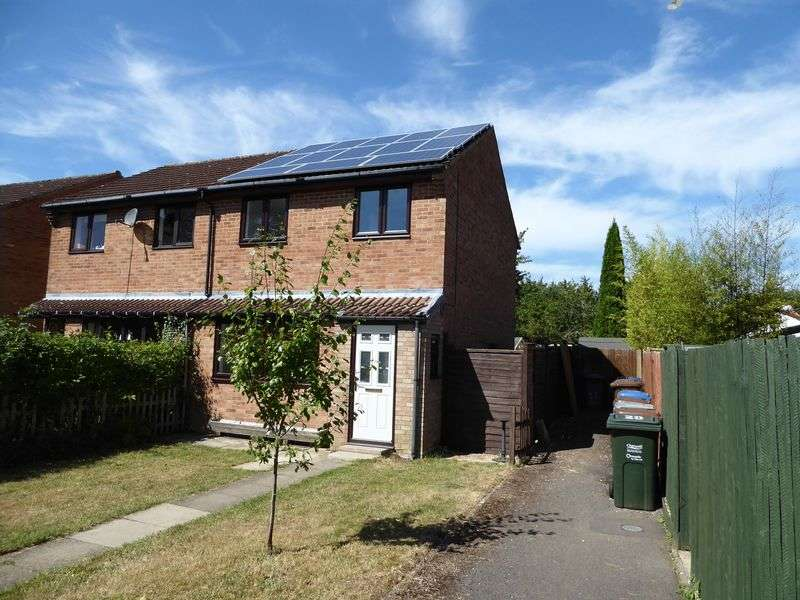 3 Bedrooms Semi Detached House for sale in Derwent Road, Bicester