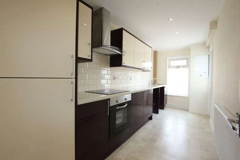 3 Bedrooms Terraced House for sale in Park Road North, Birkenhead, Wirral