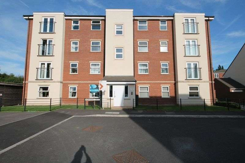2 Bedrooms Flat for sale in Normandy Drive, Yate, BRISTOL