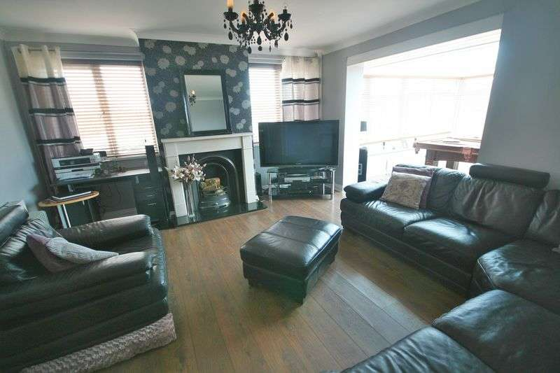 3 Bedrooms Detached Bungalow for sale in Gwalchmai, Anglesey