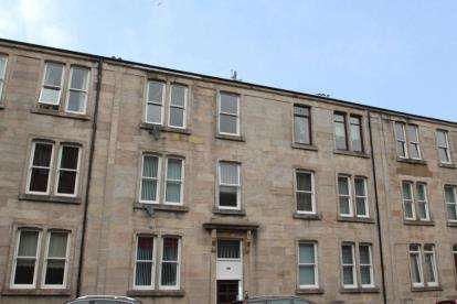 2 Bedrooms Flat for sale in Dempster Street, Greenock