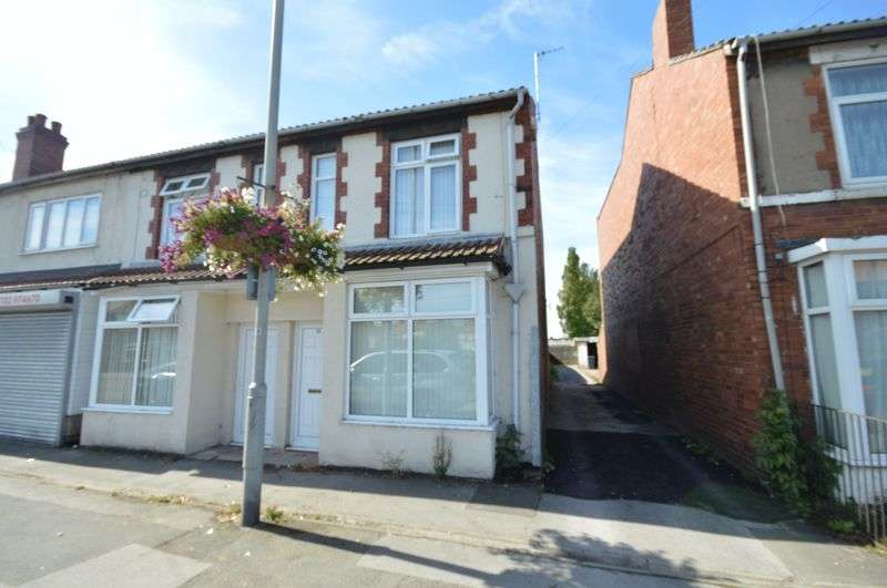 3 Bedrooms Terraced House for rent in Tickhill Road, Rotherham
