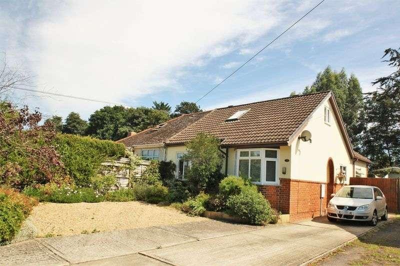 3 Bedrooms Semi Detached Bungalow for sale in Moorlands Road, Swanmore