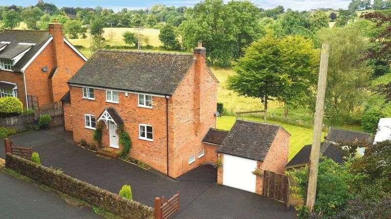 3 Bedrooms Detached House for sale in Micklea Lane, Longsdon