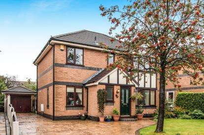 4 Bedrooms Detached House for sale in Whitsbury Avenue, Hindley, Wigan, Greater Manchester, WN2
