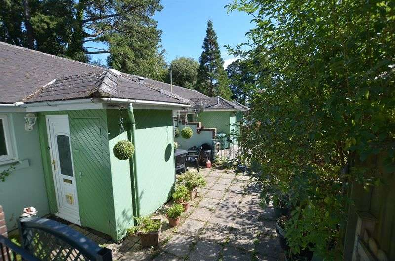 2 Bedrooms Terraced House for sale in Avenue Road, Torquay