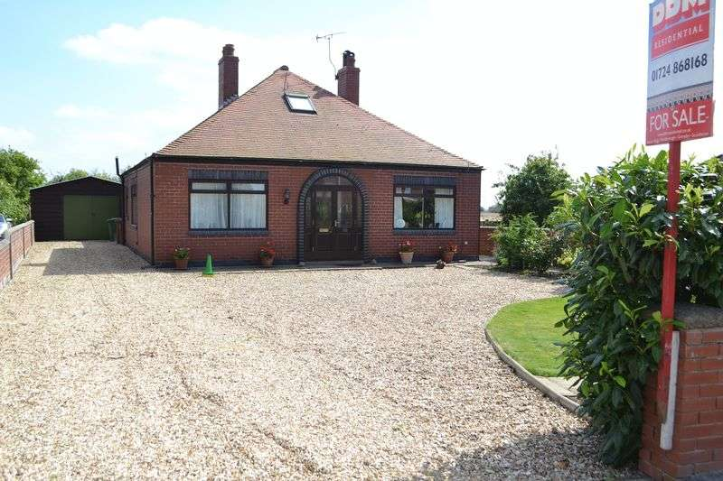 2 Bedrooms Detached Bungalow for sale in Eastoft Road, Luddington, Scunthorpe