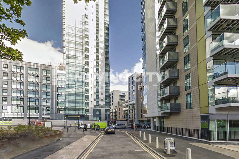 1 Bedroom Flat for sale in Skyline, Woodberry Down, Finsbury Park