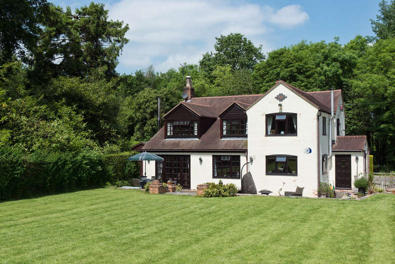 4 Bedrooms Detached House for sale in Fretherne