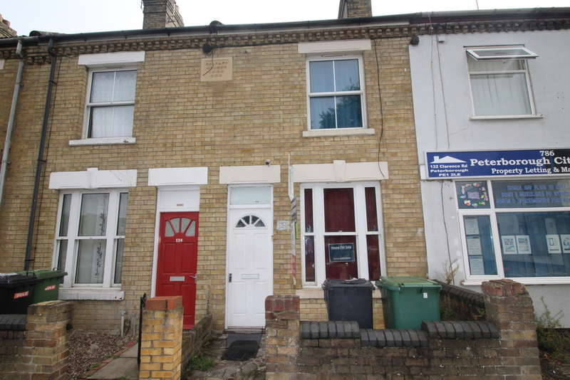 2 Bedrooms Terraced House for sale in Clarence Road, Peterborough, PE1 2LE
