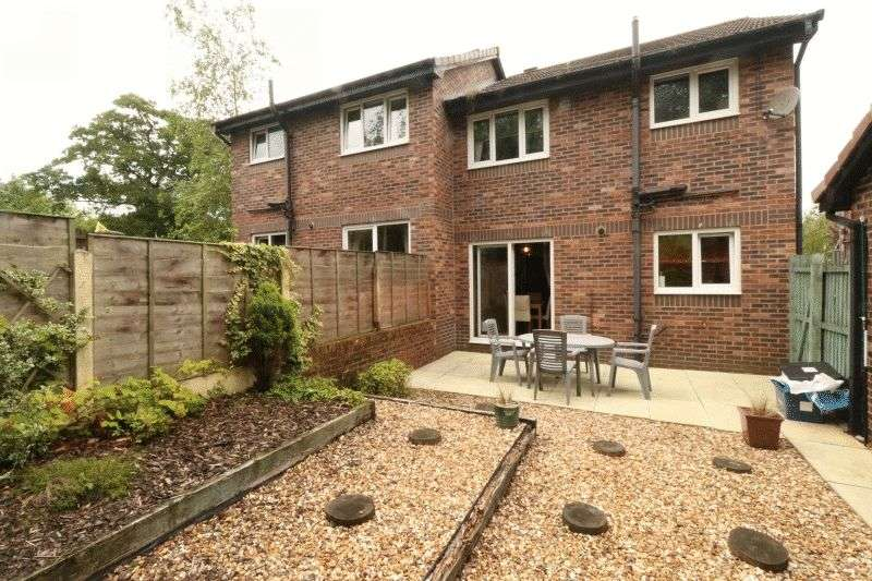 3 Bedrooms Semi Detached House for sale in Mayfield Gardens, Oswaldtwistle, Lancashire, BB5 3DL
