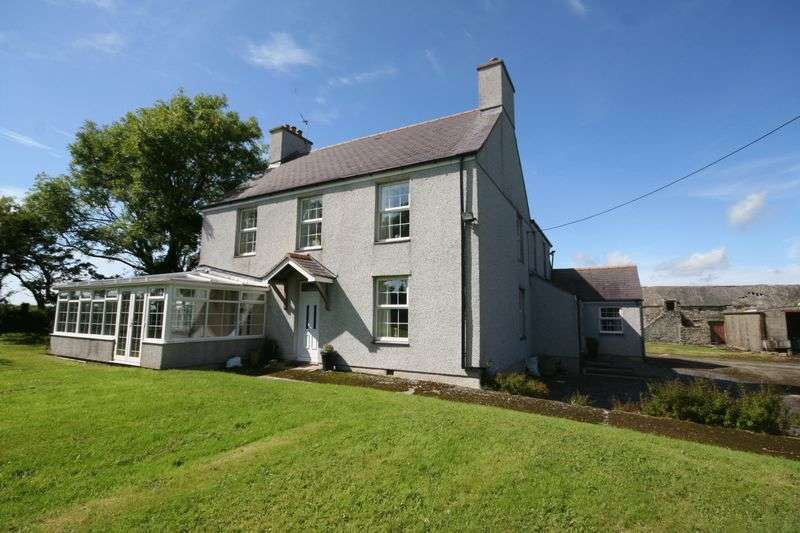 6 Bedrooms Detached House for sale in Llantrisant, Holyhead, Anglesey