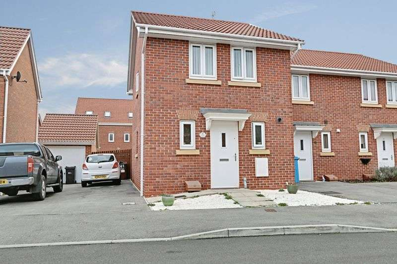 3 Bedrooms Semi Detached House for sale in Woodheys Park, Kingswood