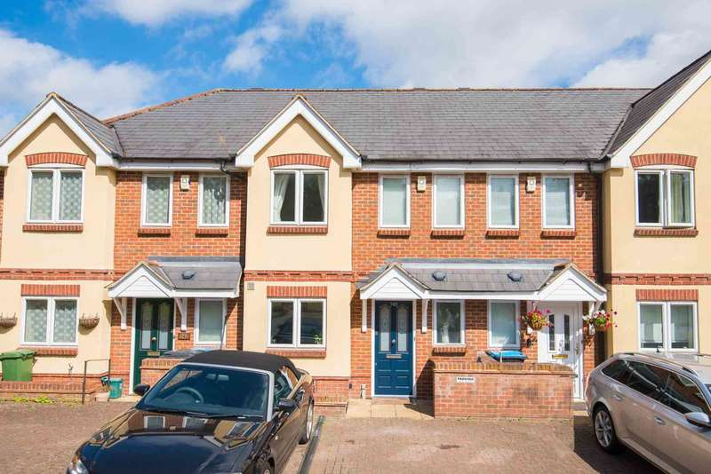 3 Bedrooms Terraced House for sale in High Street, Northchurch