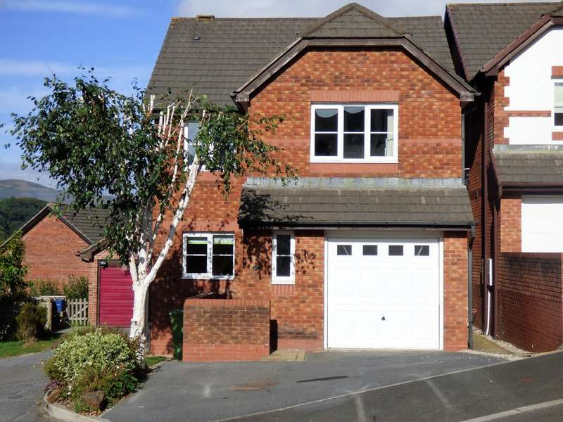 4 Bedrooms Detached House for sale in Southbrook Road, Bovey Tracey