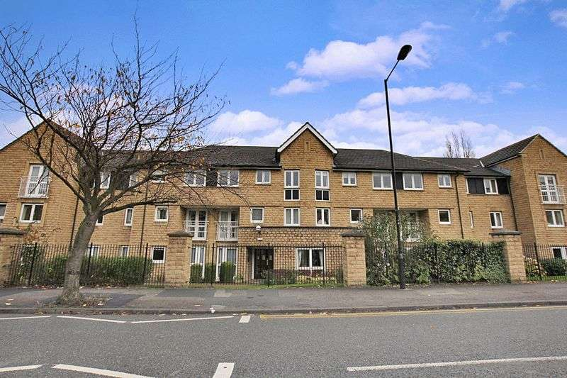 2 Bedrooms Retirement Property for sale in Carnegie Court, Ilkley, LS29 8SN