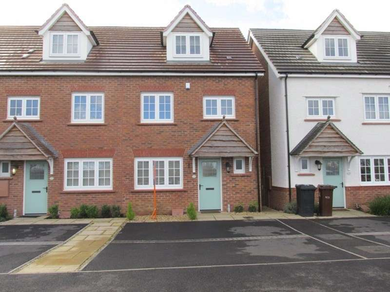 4 Bedrooms Terraced House for sale in Northwick Terrace, Bilston