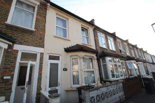 2 Bedrooms Terraced House for sale in Guildford Road, Croydon