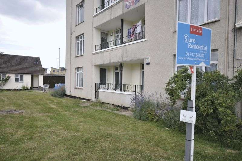 1 Bedroom Flat for sale in INVESTMENT Monkscroft, Cheltenham