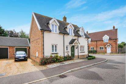 3 Bedrooms Detached House for sale in Hingham, Norwich, Norfolk