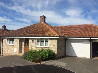 2 Bedrooms Bungalow for sale in Mere, Warminster, Wiltshire