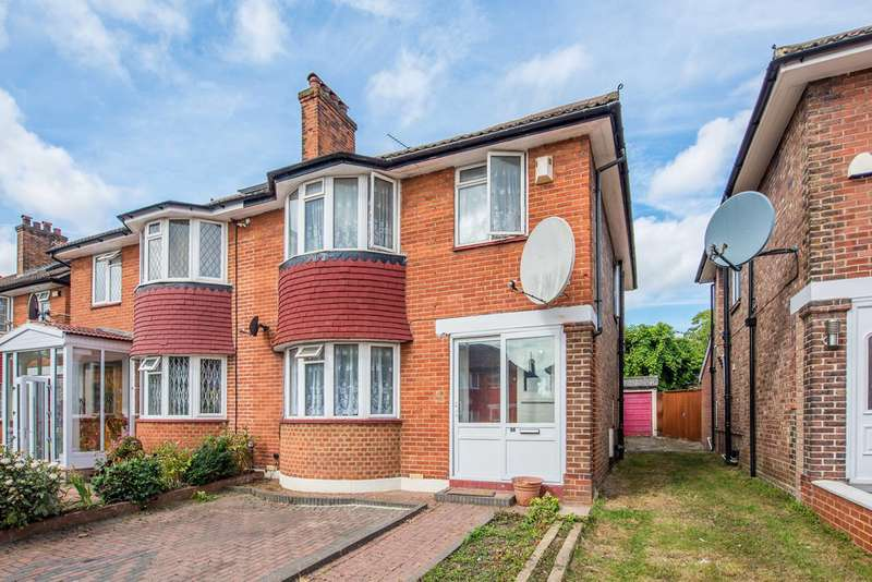 3 Bedrooms House for sale in Vyner Road, Acton, W3