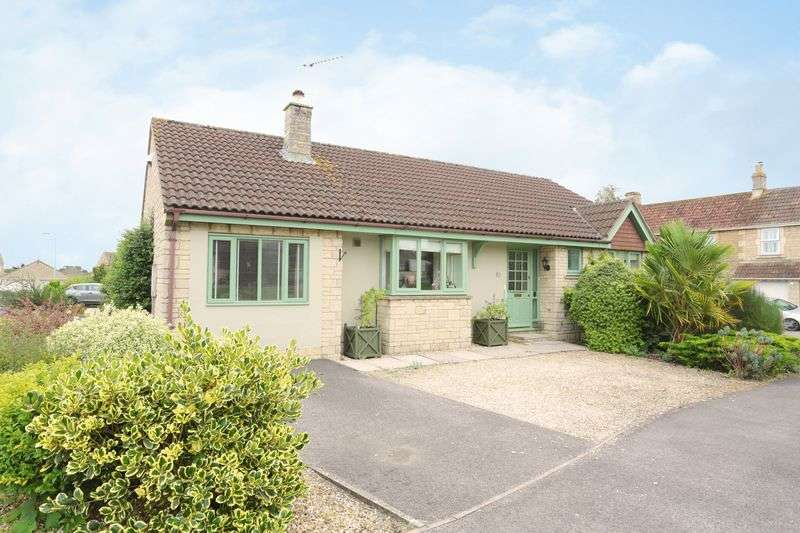 3 Bedrooms Detached Bungalow for sale in Godwins Close, Melksham