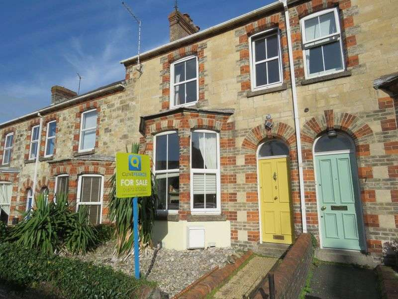 3 Bedrooms Terraced House for sale in Avondale Road, Truro