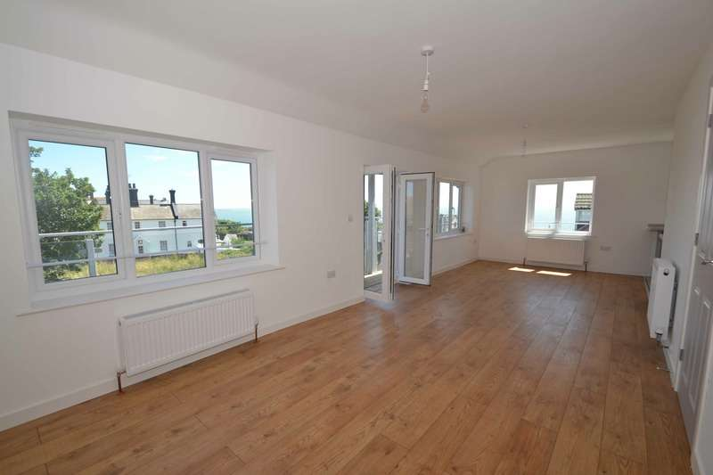 2 Bedrooms Penthouse Flat for sale in Fronks Road, Harwich, Essex, CO12