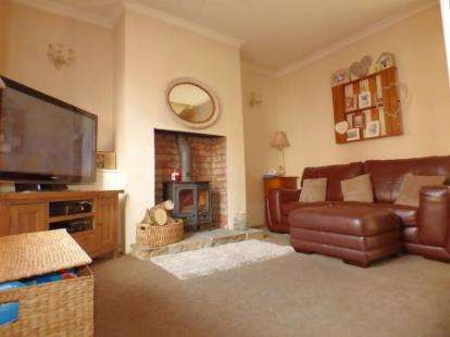 3 Bedrooms Terraced House for sale in Elliott Street, Preston, Lancashire