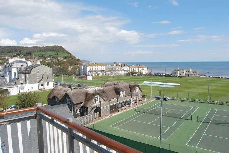 3 Bedrooms Flat for sale in Manor Road, Sidmouth