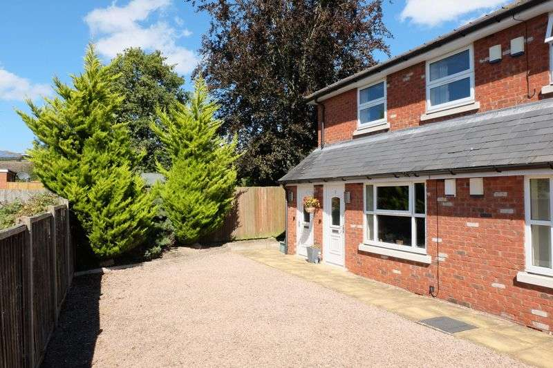 2 Bedrooms Flat for sale in Childe Road, Cleobury Mortimer DY14 8PZ