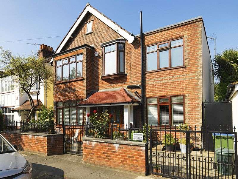 4 Bedrooms Detached House for sale in Elm Road, London, SW14